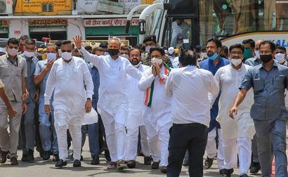 Fighting Against Dictatorial Style Of Ashok Gehlot: Team Pilot MLA