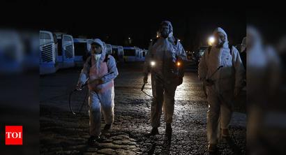 Greece suspends all flights to Italy over 2 more coronavirus deaths