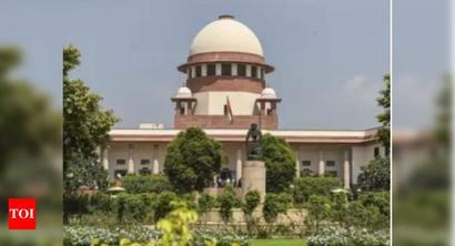Supreme Court grants protection to lawyer Prashant Bhushan in a case