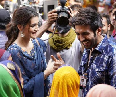 It's a wrap for Kartik Aaryan and Kriti Sanon on Luka Chuppi