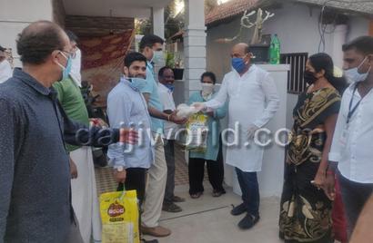Mangaluru: Former MLA Mohiuddin Bava distributes food items to 20,000 families