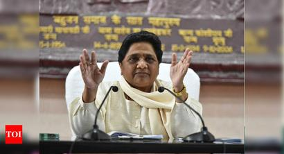 Mayawati blasts SP for Parashuram zeal