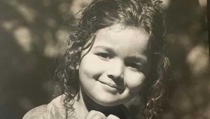Alia Bhatt shares her cutest childhood pic, Ranveer Singh, Hrithik Roshan shower...