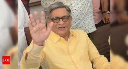 Fear of criticising leadership in power has to be abandoned: S M Krishna