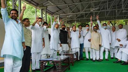 Of 107 Rajasthan Congress MLAs, 88 turn up for key meet amid crisis