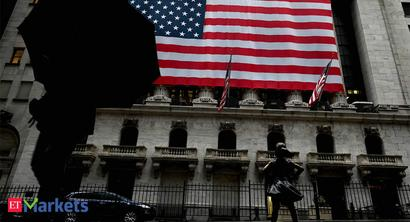 S&P 500 and Nasdaq end lower after sharp drop in tech titans