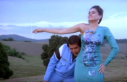 Remember this OUTRAGEOUS '80s filmi fashion?