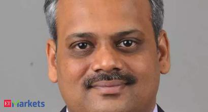 Go for top-tier banks like HDFC Bank, Kotak, ICICI Bank: Naveen Kulkarni