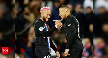 PSG thrash nine-man Montpellier 5-0 to stretch Ligue 1 lead