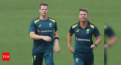 Smith, Warner must 'ride the storm' in South Africa: Hazlewood