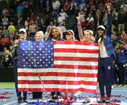 Sofia Kenin, Mattek-Sands Help USA Beat Latvia to Reach Fed Cup Finals