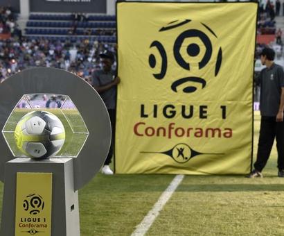 As Football Resumes Around Europe, Debate Rages On In France