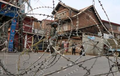 Internet constitutional right, says SC; orders review of all J-K curbs