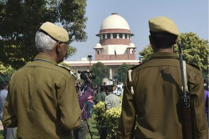 Supreme Court Stays Karnataka HC Order in DGP Case
