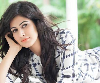 Punjabi actress Annie Sekhon all set to shine in Bollywood!