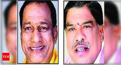 TRS minister, former MLA clash over turf, booked