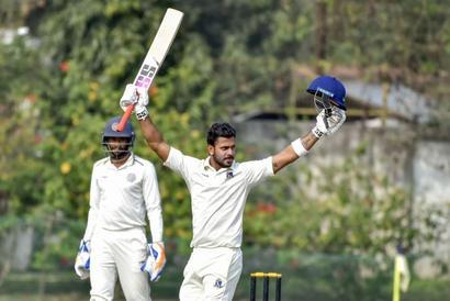 Ranji Trophy: Tiwary's triple ton puts Bengal on top