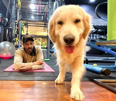 Hrithik Roshan and his pet enjoy self-isolation